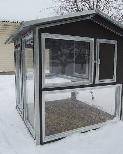 """Фото 10 - Утеплённый домик-курятник с выгулом """"Зимняя мечта"""" на 10 кур."""